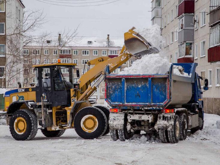 вывоз снега самосвалом недорого